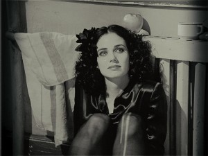 elizabeth short mia kirshner 300x225 The Black Dahlia: a Sideways Murder Mystery (Review)